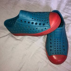 Native Slip On shoes boys size 11 children's